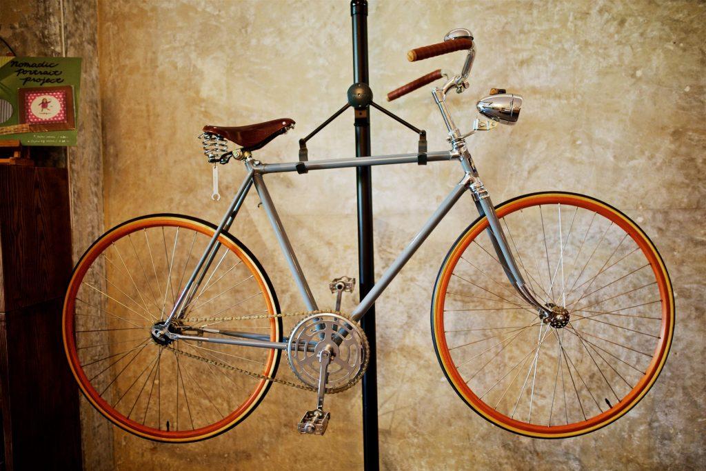 サニーヒルズの店内にある自転車