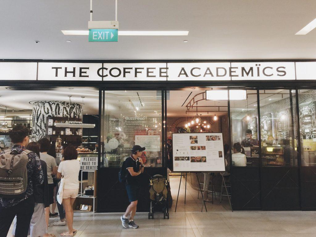 The Coffee Academics シンガポールのカフェの入り口