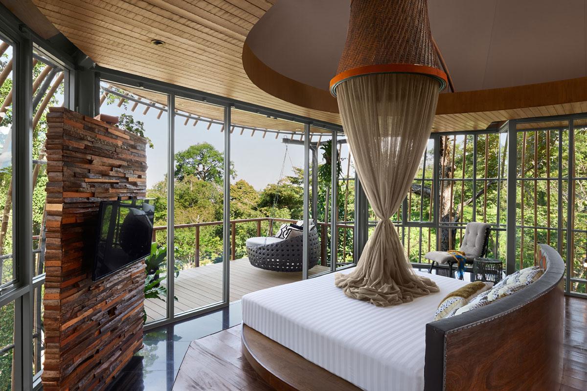 Tree-Pool-House-Bedroom-b