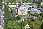 140px-Luftbild_Wiesbaden_Hessisches_Staatstheater_IMG_0130