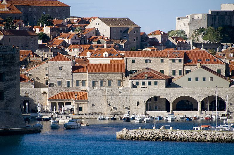 275px-View_old_city_of_Dubrovnik-5