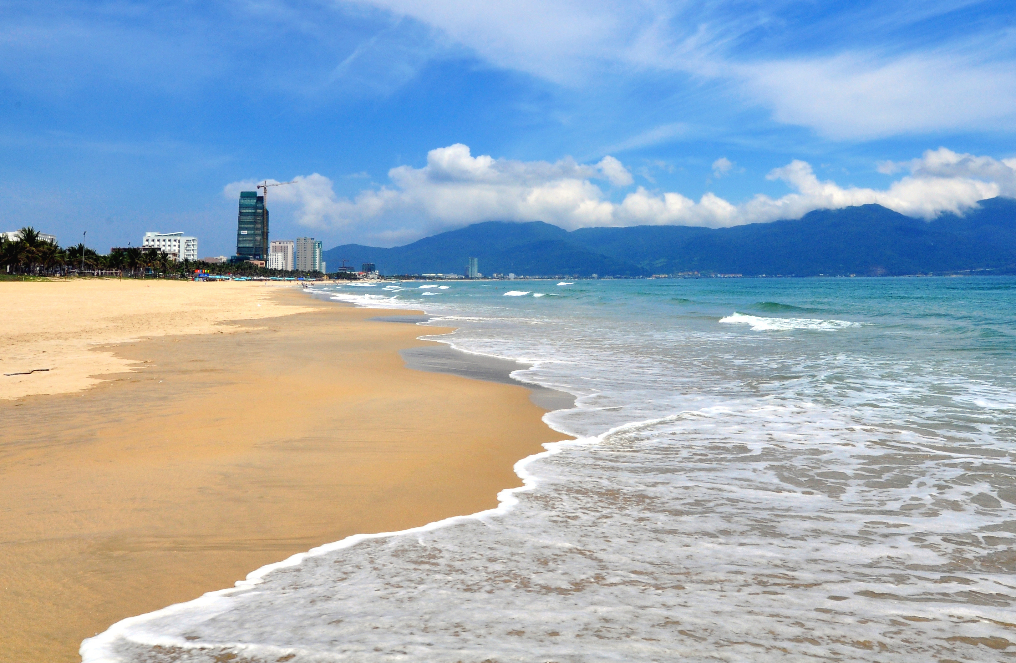 Vietnamese beach, Da Nang resort